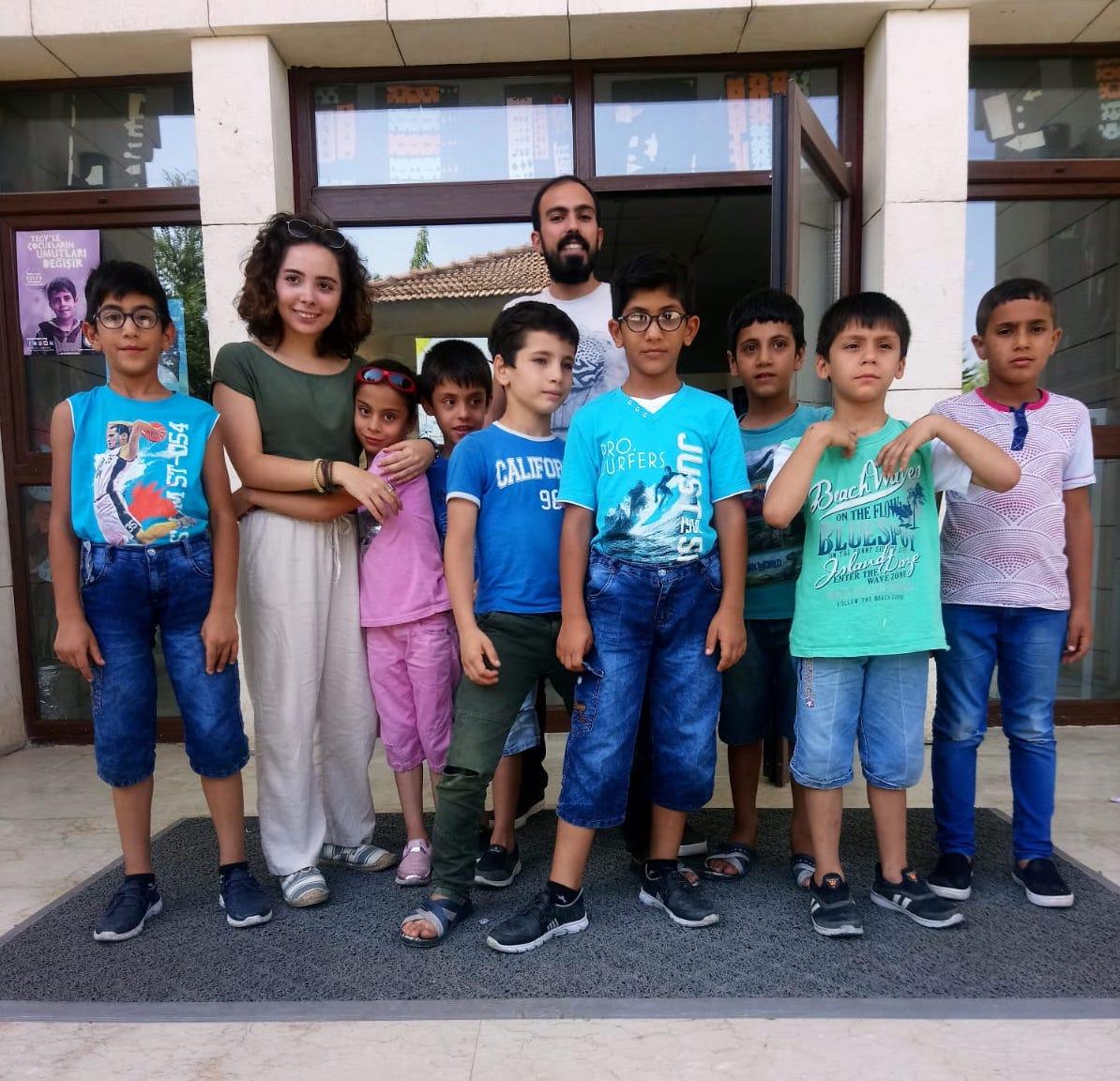 Anadolu Gönüllüleri, Yaz Etkinliklerine Renk Kattı_Kapak